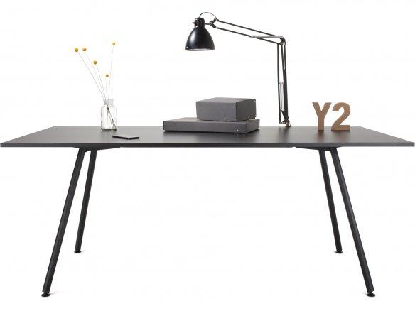 Modulor Tisch Y2 Stahl schwarz 20°