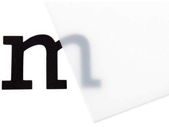 Lámina LS de plexiglás XT, translúcida, blanca