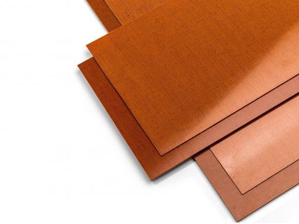 Pannelli laminati in tessuto-resina, marroni