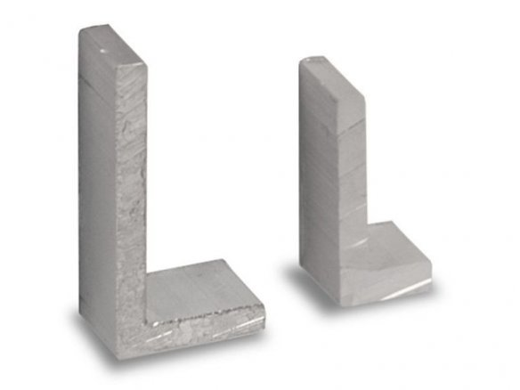 Aluminium L-shaped profile, unequal sides