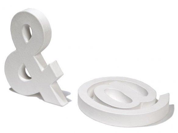 Segni e simboli in cartone, bianchi