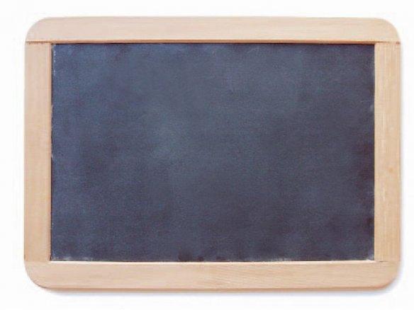 Pizarra con marco de madera