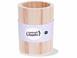 Patchwork Family wooden pen holder