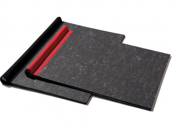 Carpeta con resorte de sujeción, forrada de papel