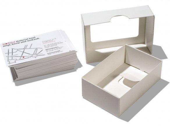Visitenkartenbox mit Ausschnitt, roh, weiß