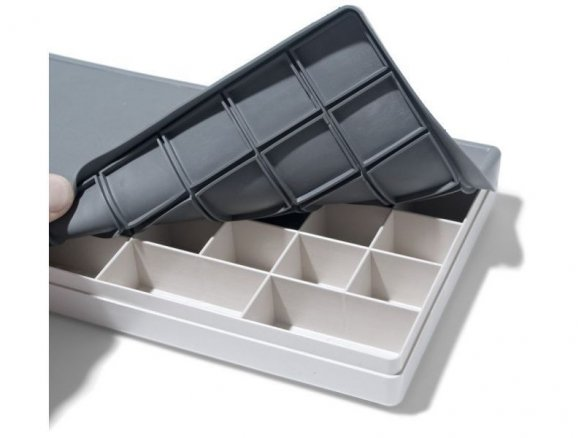 Palette box with rubber lid, plastic