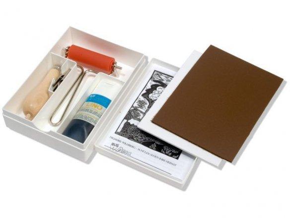 Caja con set básico para linograbado Abig